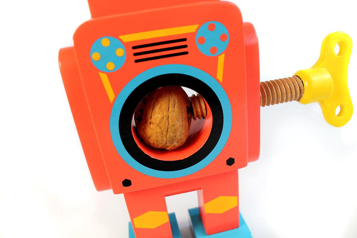 24477_robotnutcracker-life-007