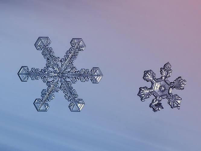 3021942-slide-750-snowflakes-03