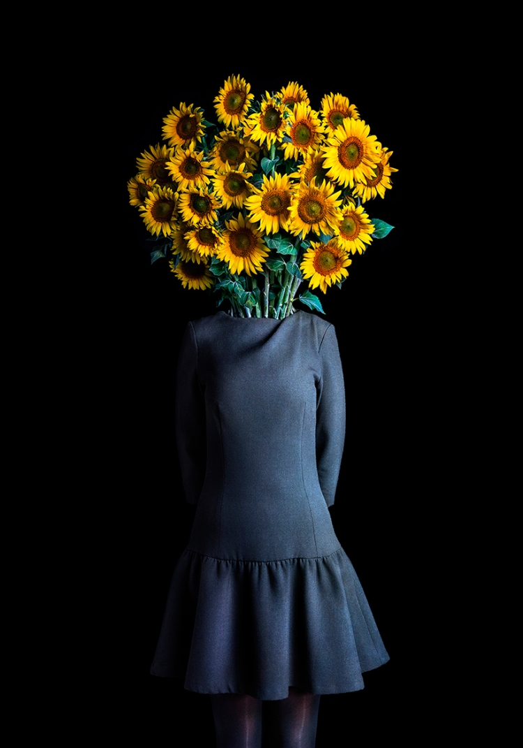miguel-vallinas-roots-flowers-digital-art-designboom-07