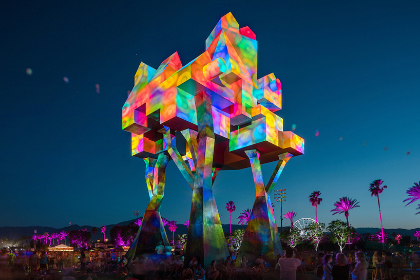 coachella-art-installations-moss-and-fog3