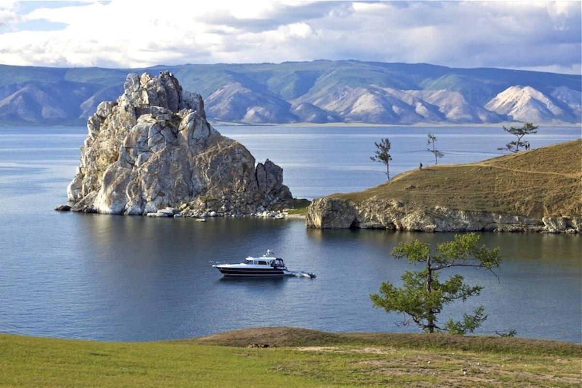 lake-baikal-summer-cruise-tour-russia-siberia1
