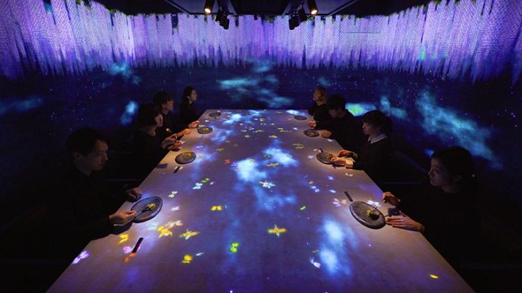 teamlab-saga-beef-interactive-restaurant-sagaya-ginza-moss-and-fog7
