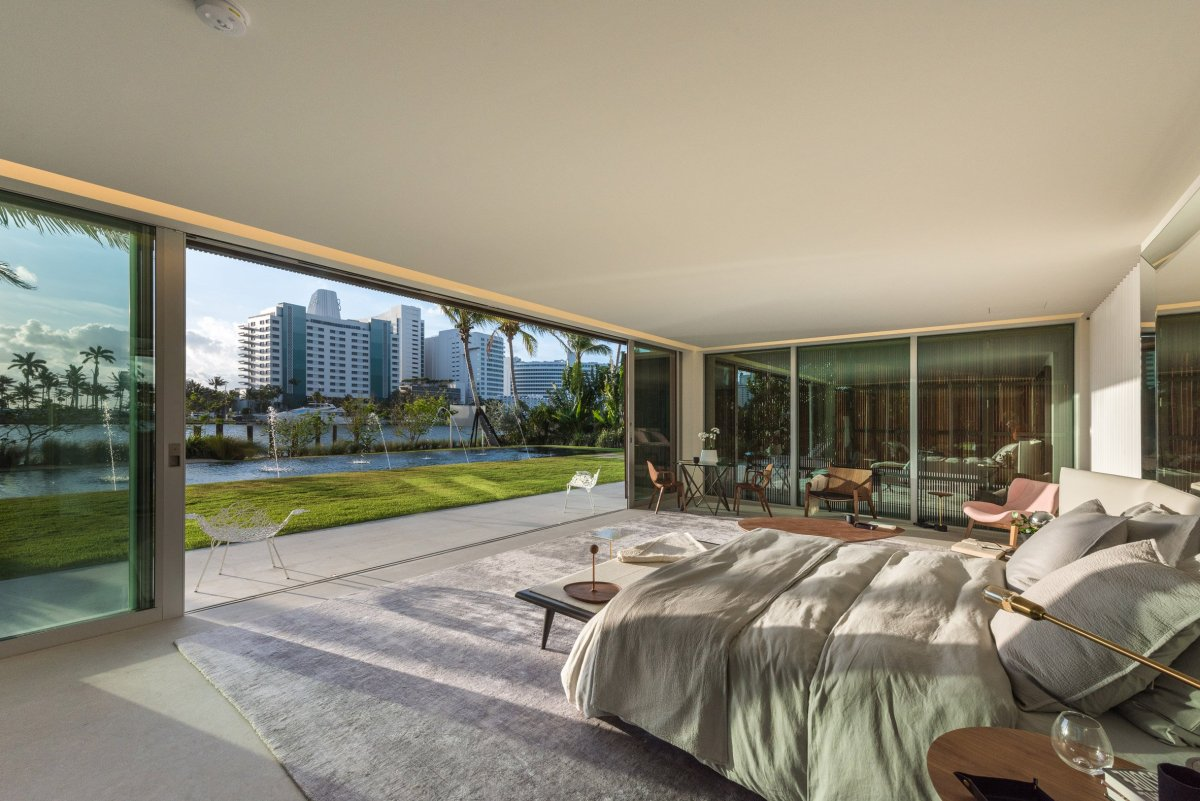 home-swimmable-lagoon-studio-mk-27-architecture-residential-miami-moss-and-fog8