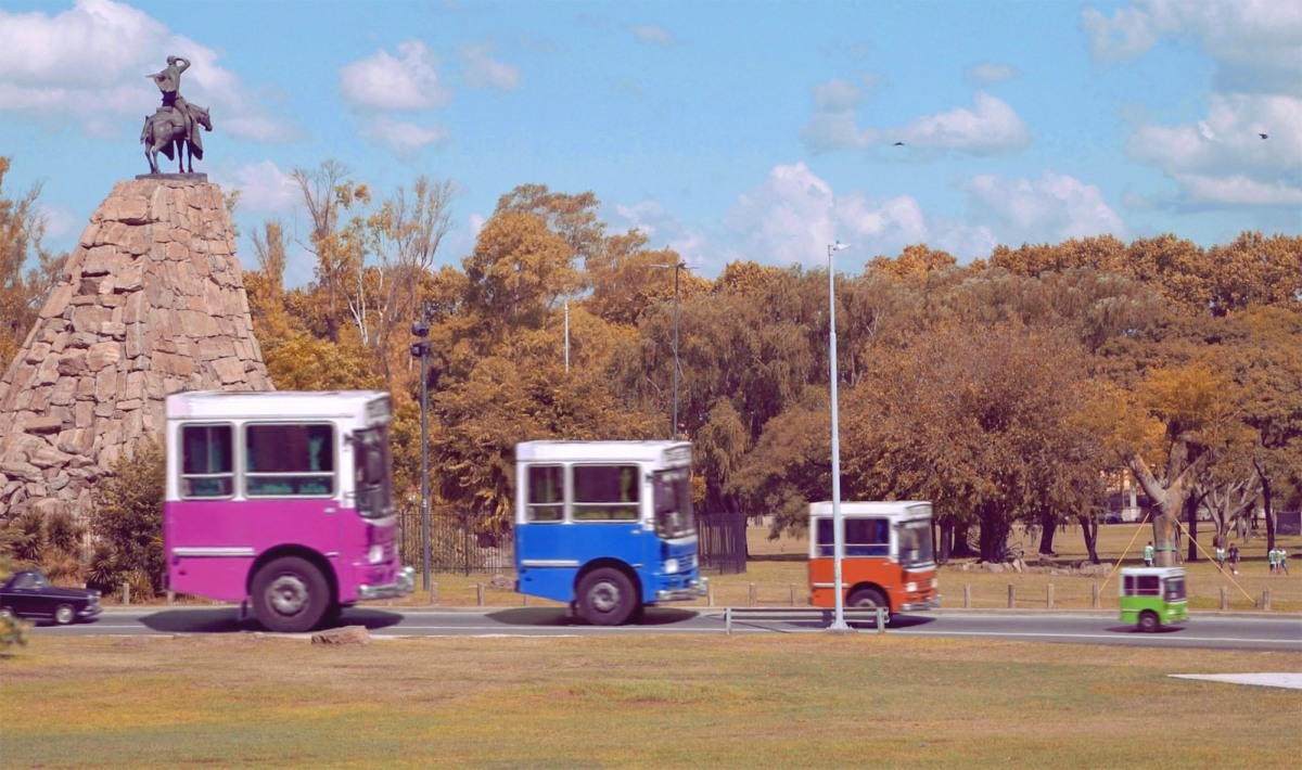 strange and hilarious shrunken busses